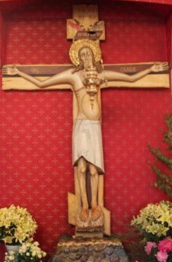 Чудотворная копия Животворящего Креста Господня в Крестовоздвиженском храме монастыря